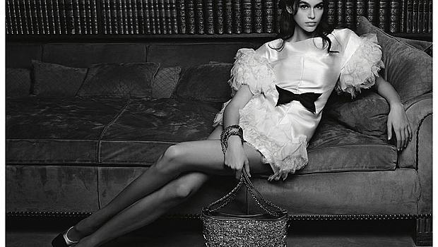 Кая Гербер е снимана от Лагерфелд в апартамента на Коко Шанел