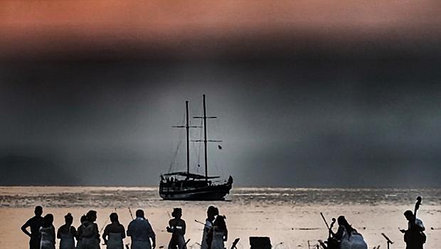 Луксът да слушаш класическа музика в морето