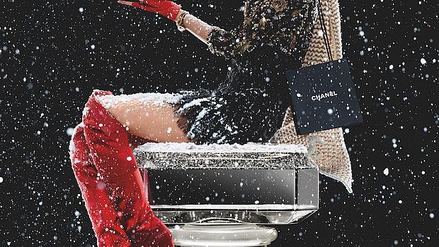 Лили-Роуз Деп e героинята на новогодишната кампания на CHANEL