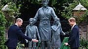 Мама щеше да се радва: Уилям и Хари заедно на откриването на паметника на Даяна