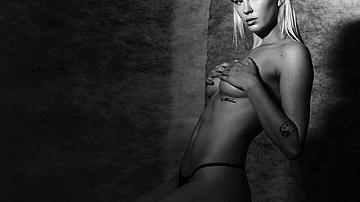 Еротичните снимки на Айрленд Болдуин