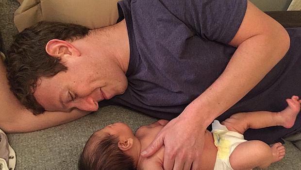 Марк Зукърбърг не може да се нарадва на дъщеричката си