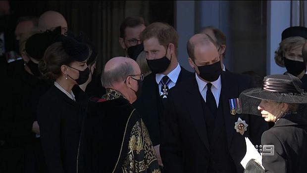 Кейт Мидълтън и принц Хари разговаряха приятелски след погребението