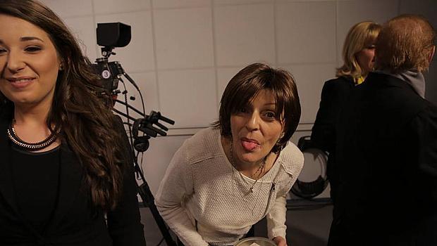 """Телевизия """"Алма Матер"""" прави благотворителен концерт за своя колежка"""