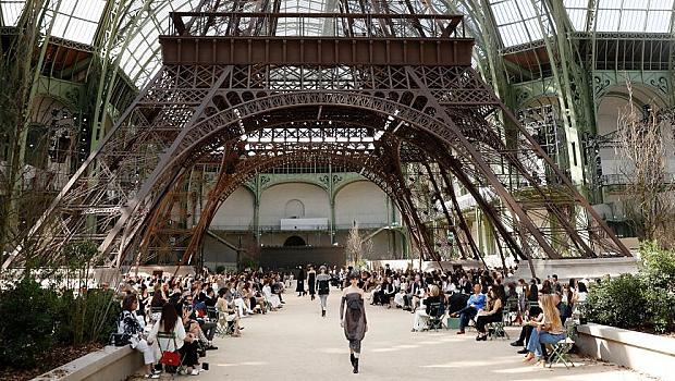 Chanel построи нова Айфелова кула в Париж
