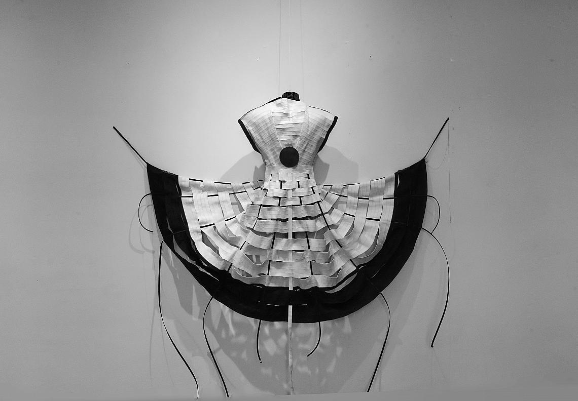 """Модел на дизайнера Радостина Клинкова от изложбата """"1,5 км от..."""""""