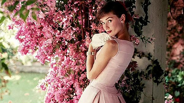 Синовете на Одри Хепбърн показаха невиждани снимки на майка си