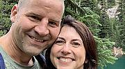 Бившата съпруга на Джеф Безос, Макензи, се омъжи за учител