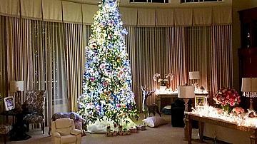 Коледните домове на звездите