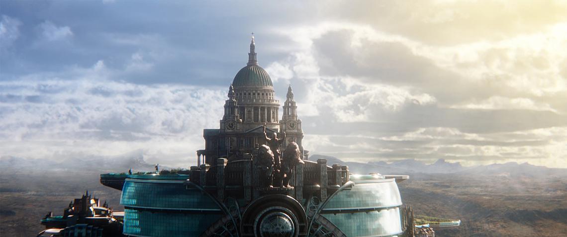 """""""Смъртоносни машини"""" ни представя един антиутопичен свят. Хиляди години, след като цивилизацията е унищожена от катаклизъм, хората са се адаптирали да живеят в гигантски подвижни градове. В този нов Лондон един бедняк води битка за живота си, след като се среща с опасна бегълка. В кината."""