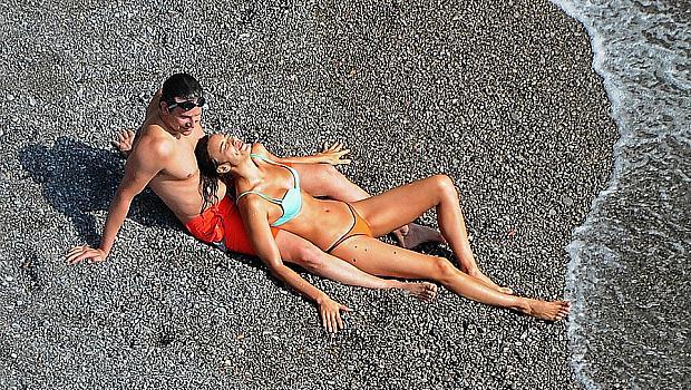 Ирина Шайк и Брадли Купър се отдадоха на ласки