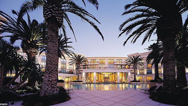 Уникалното бижу Palazzo Versace Hotel