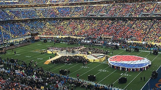 Звездите на мача Super Bowl 2016