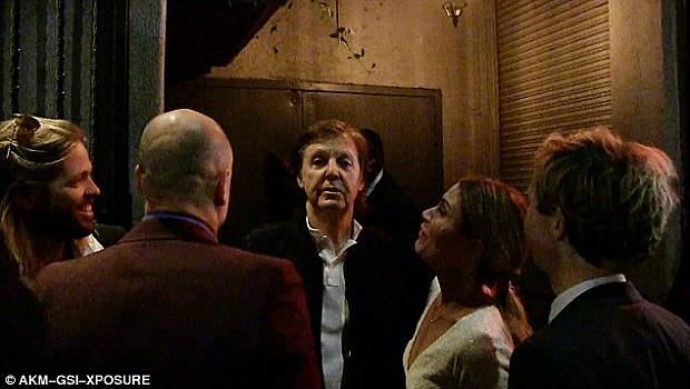 Не пуснаха Пол Макартни на парти на гаджето на Кайли Дженър