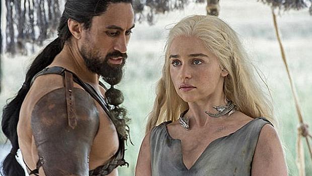 """Ръгбист е новият мъж до Емилия Кларк в """"Игра на тронове"""""""