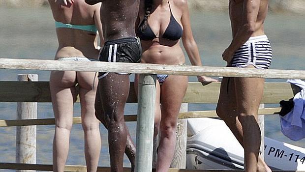Кристиано Роналдо показа секси тяло в Ибиса