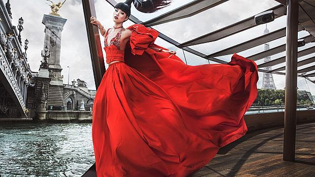 Да дефилираш въху вода в столица на модата