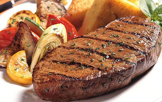 СТЕК / Месо с гарнитура е типично ястие за зимата, което е познато за всеки българин.