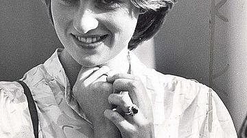 Защо принцеса Даяна е с два часовника на едната си ръка?
