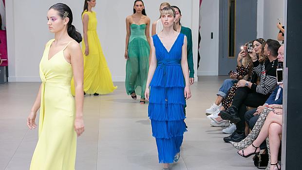 Българинът, създал сватбената рокля на Кари Брадшоу, с колекция в партньорство с каузата MTV Staying Alive