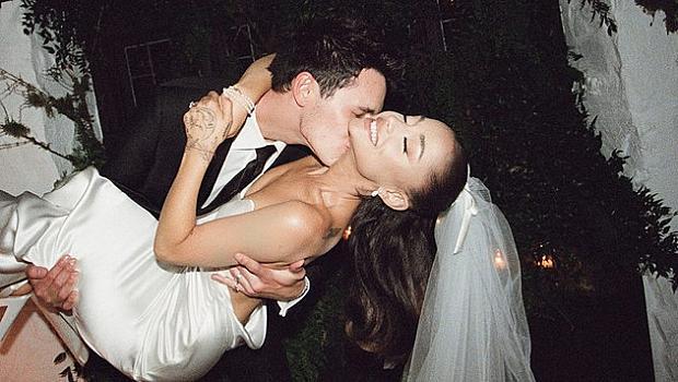 Милион харесвания за 15 минути: Ариана Гранде сподели снимки от сватбата си