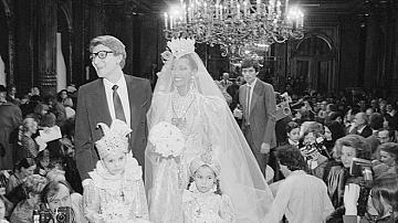 #TBT: Сватбени рокли от Yves Saint Laurent