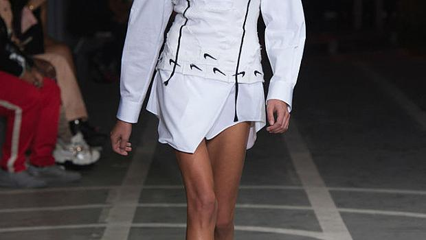 Кая Гербер на модния подиум