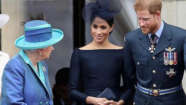 Кралица Елизабет II изпрати много сърдечни поздравления на Меган и Хари