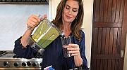 Рецепта от супермодел: Любимото зелено смути на Синди Крауфорд
