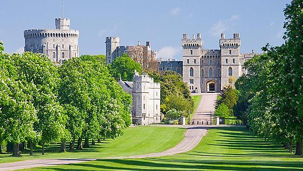 Всичките имоти на Елизабет II