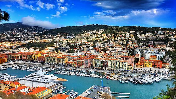 Един уикенд в Ница не стига, но винаги е добра идея