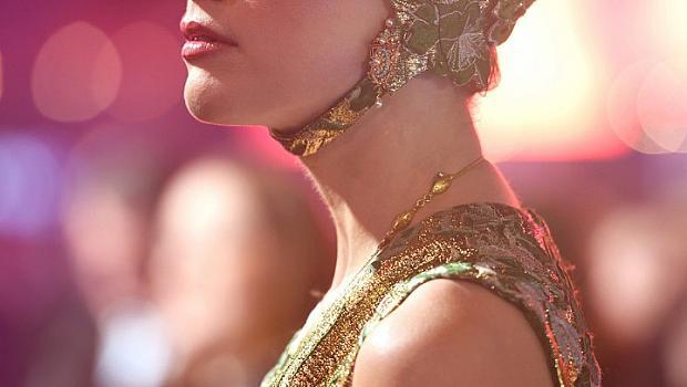 ПОДВОДНА КРАЛИЦА: Амбър Хърд на премиерата на Аквамен