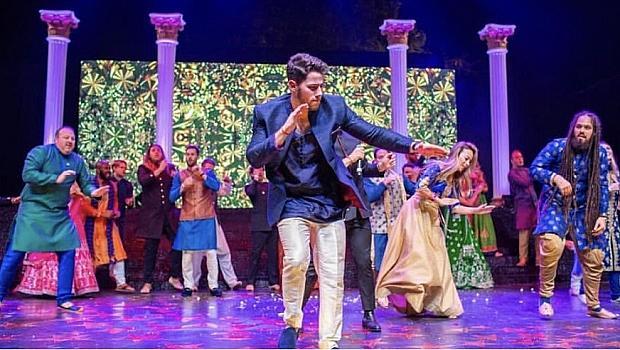 Голямата луда индийска сватбена вечер на Ник и Приянка
