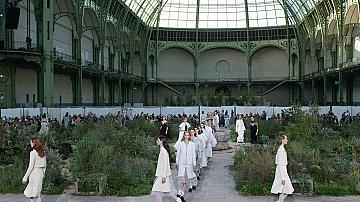 3 неща, които трябва да запомните от шоуто Chanel Haute Couture пролет 2020
