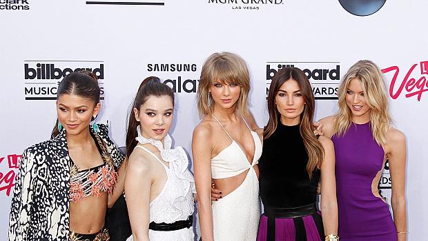 Червеният килим на Billboard Music Awards 2015