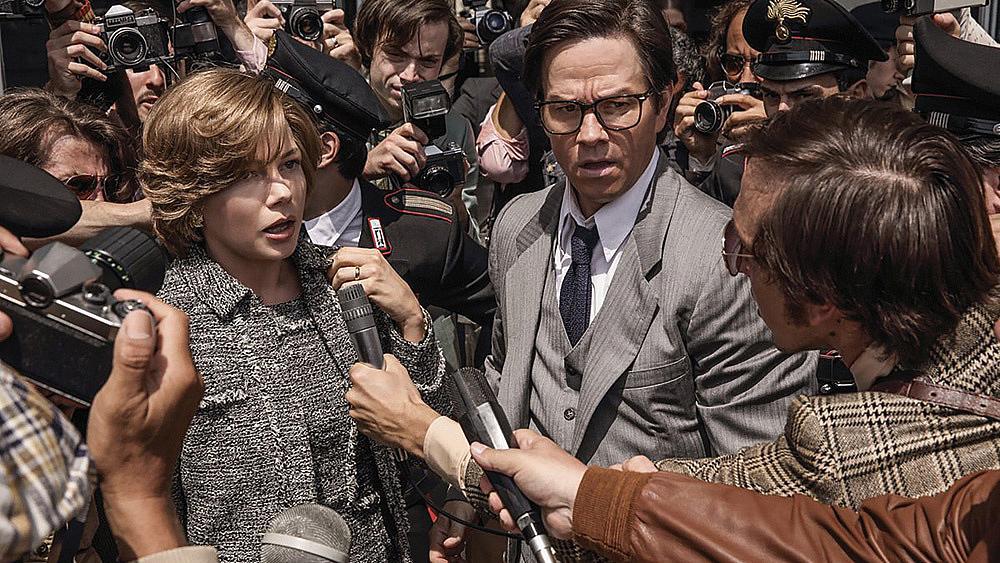 """""""Всичките пари на света"""". Историята за отвличането на внука на най-богатия човек в света - Пол Гети - някога шокира хората цял свят. Естествено, рано или късно всичко това трябва да послужи като основа за създаването на филм. Ридли Скот се зае с тази задача като покани в проекта си Кристофър Плъмър, Мишел Уилямс и Марк Уолбърг. Резултатът е много впечатляващ като лентата дори е номинирана за Оскар. Въпреки това, както в случая с """"Вестник на властта"""", много зрители бяха недоволни от липсата на интензивен разказ във филма."""