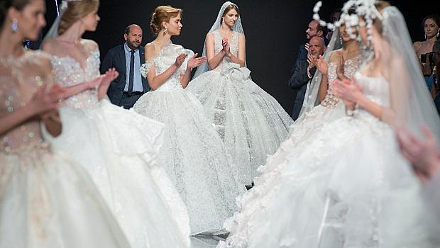 За традициите и повелите в сватбеното облекло