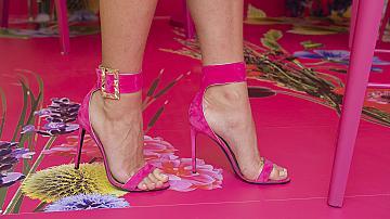 След домашната ни ваканция ще се разходим с обувките на Барби