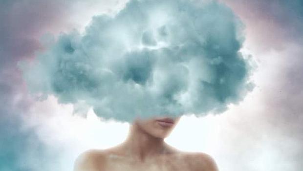 Ариана Гранде витае в облаците - буквално!