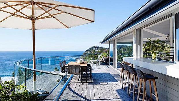 Перфектната къща край брега