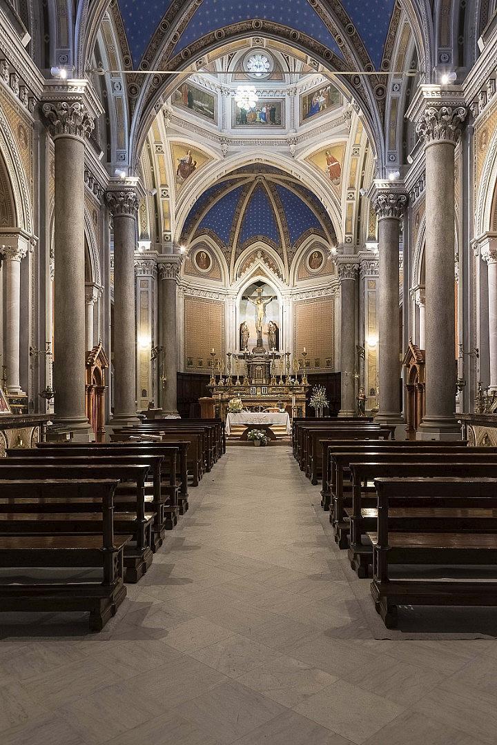 """Църквата """"Св. Бартоломео"""", реставрирана от модния бизнесмен"""