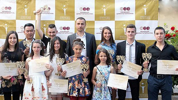 Димитър Бербатов се връща у нас заради талантливите деца