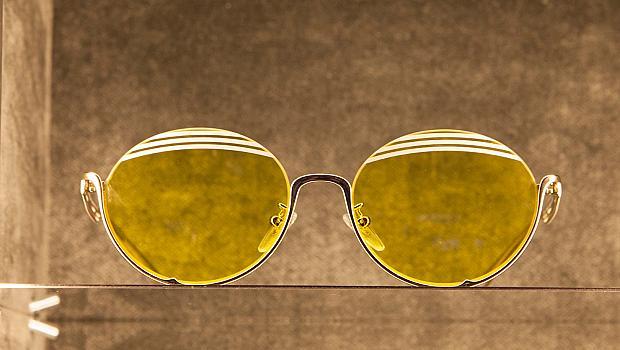 Слънчевите очила през зимата: необходим аксесоар!
