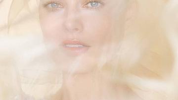Марго Роби е лицето на новия аромат Gabrielle Chanel Essence
