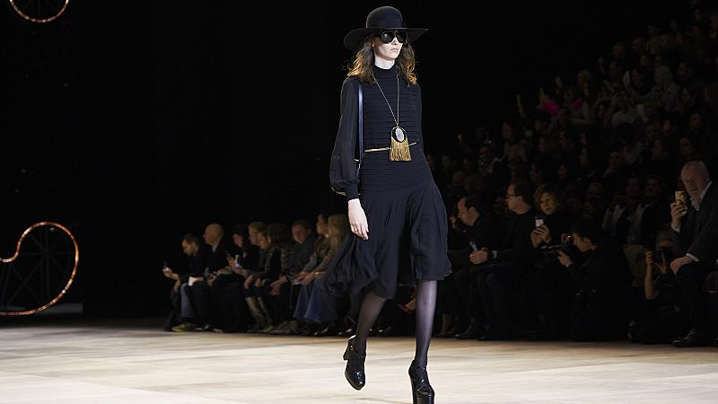 30 рокли от модния подиум, в които ще се влюбите