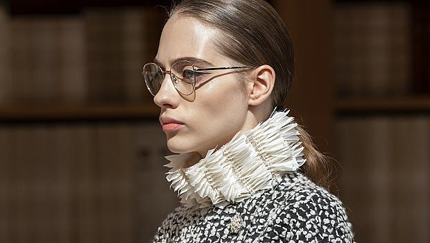 16 модела очила с прозрачни стъкла, които привлякоха вниманието ни