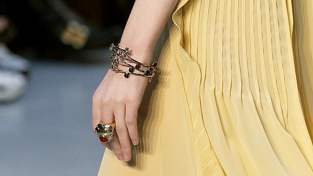 Луксозните пръстени от модния подиум ще ви впечатлят с ефектни детайли