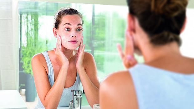 Предпролетно почистване на лицето: защо е толкова важно сега?