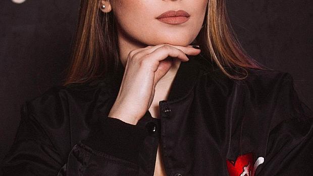 Дара Екимова за пръв път ще пее на сцена песни на баща си