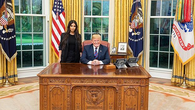 Доналд Тръмп най-сетне се срещна с Ким ... Кардашян